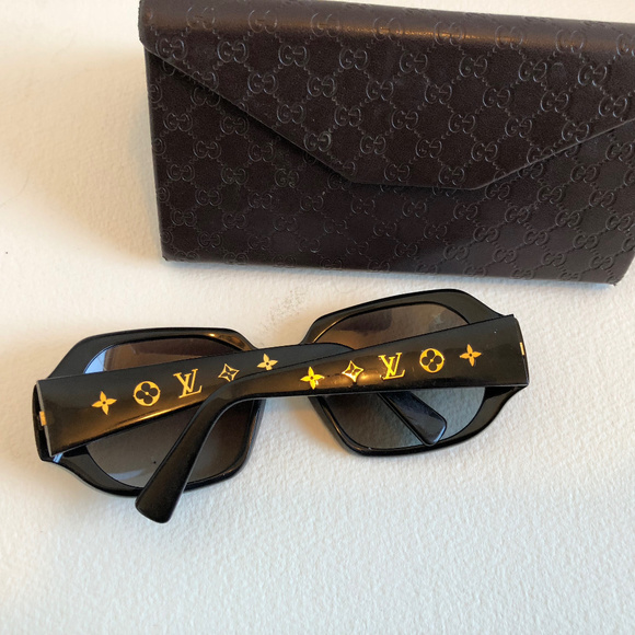 64026f9a3d1 Louis Vuitton Accessories - Auth! LV LOUIS VUITTON OBSESSION CARRE  SUNGLASSES
